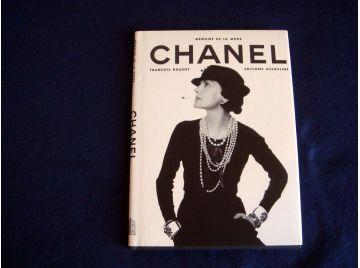 CHANEL - Mémoire de la Mode - François BAUDOT - Éditions Assouline - 1996